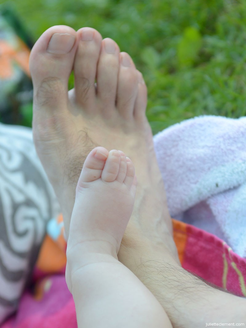 Comparing feet!