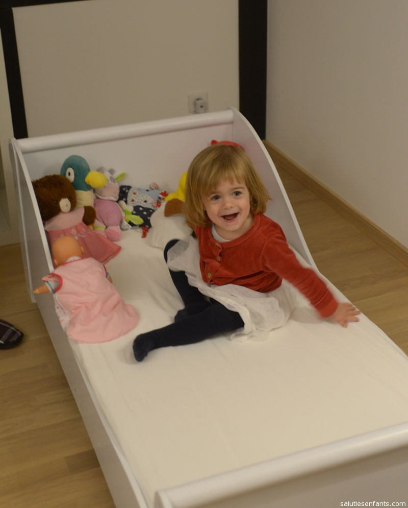 Juliette seems very excited about her big girl bed!