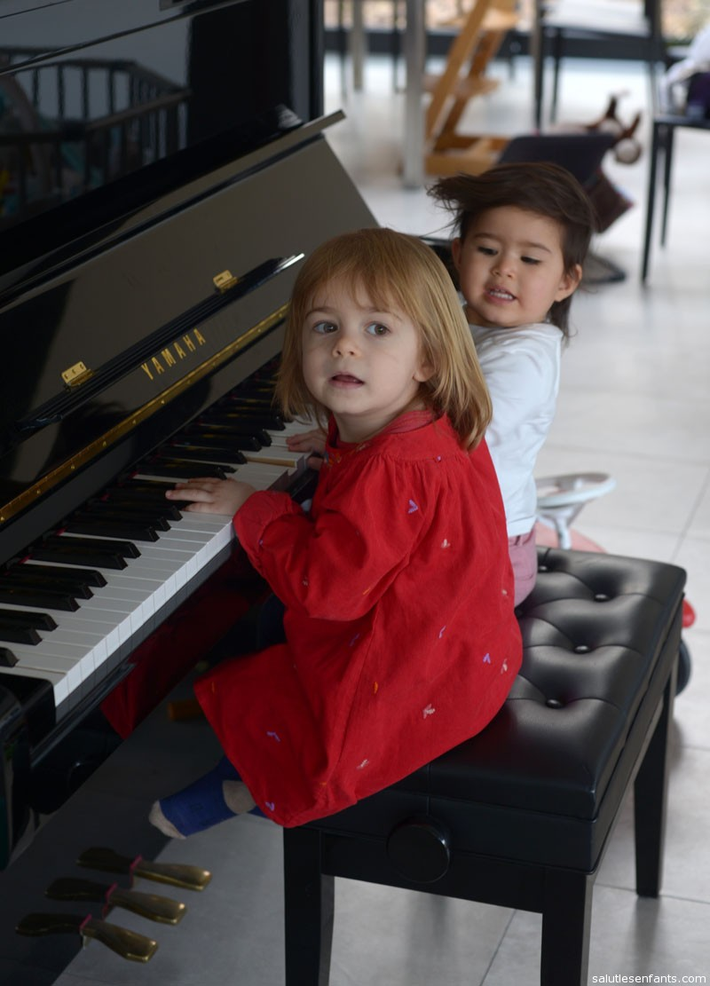 Playing piano with Taline
